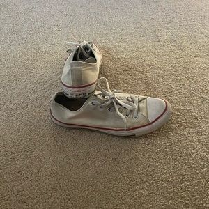 Converse Shoes - Dirty white converse